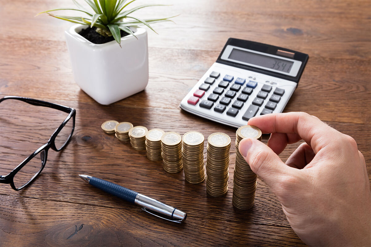 counting pocket change with a calculator